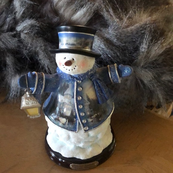 Sweet  Thomas Kinkade Victorian Christmas Snowman